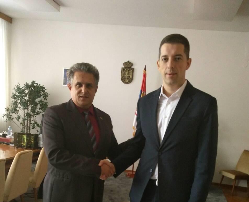 Predsednik USS i narodni poslanik Milija Miletić sa direktorom Kancelarije za Kim Markom Đurićem