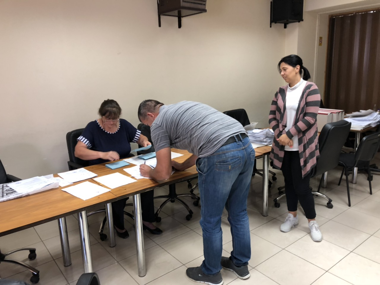 Potpisivanje, foto: M.M. / Opština Svrljig