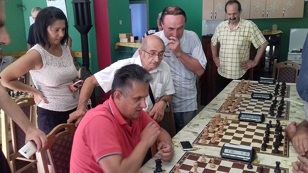 """Predsednica otvorila rapid turnir u šahu ''Svrljig – 2016"""""""