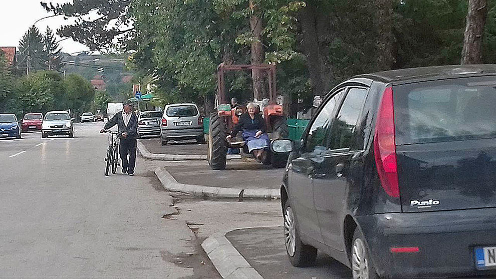 Parkiranje kod Doma zdravlja, foto: I.M.