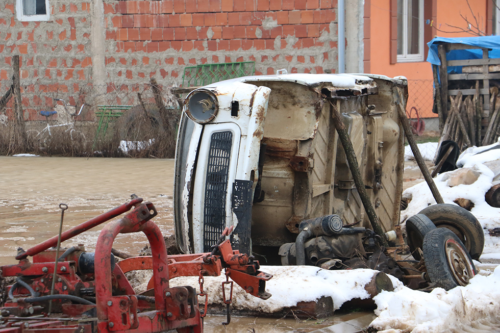 Odbrana od poplave, foto: Svrljiške novine