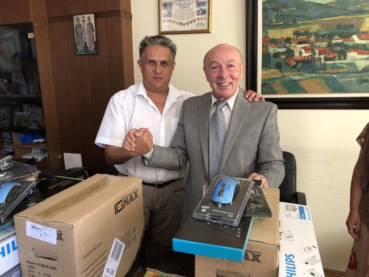 Računarska oprema na poklon od Fondacije Princeze Katarine