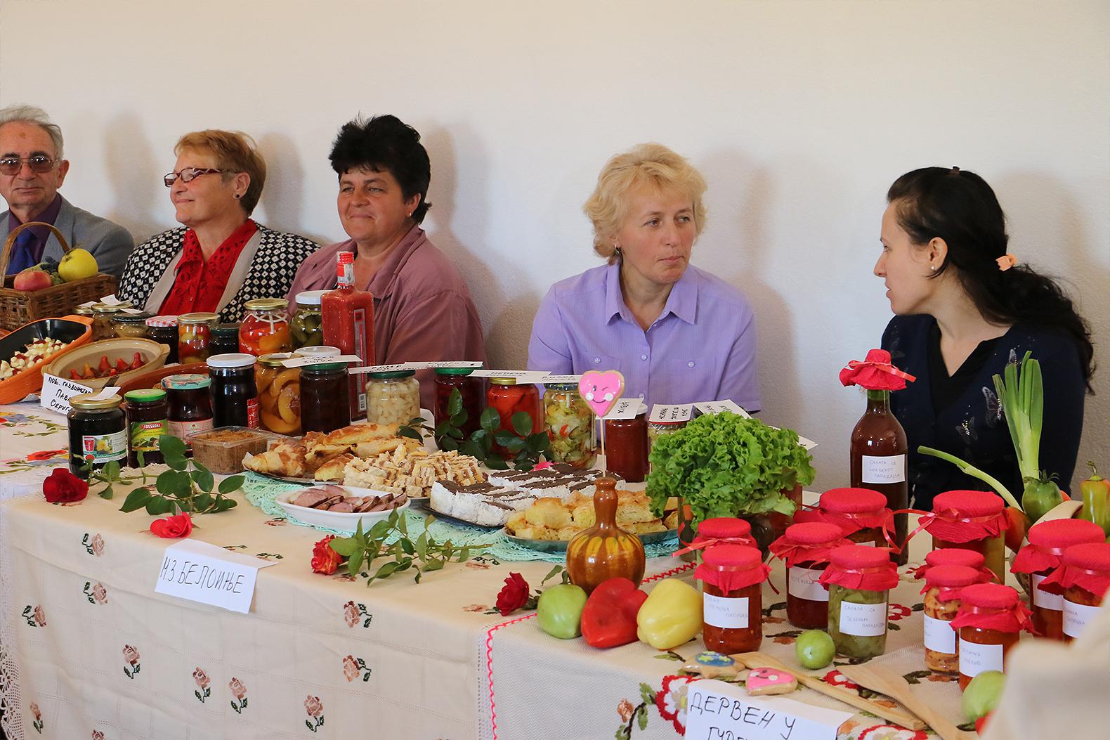 Sajam zimnice i zdrave hrane, opština Svrljig, foto: M. Miladinović, Svrljiške novine