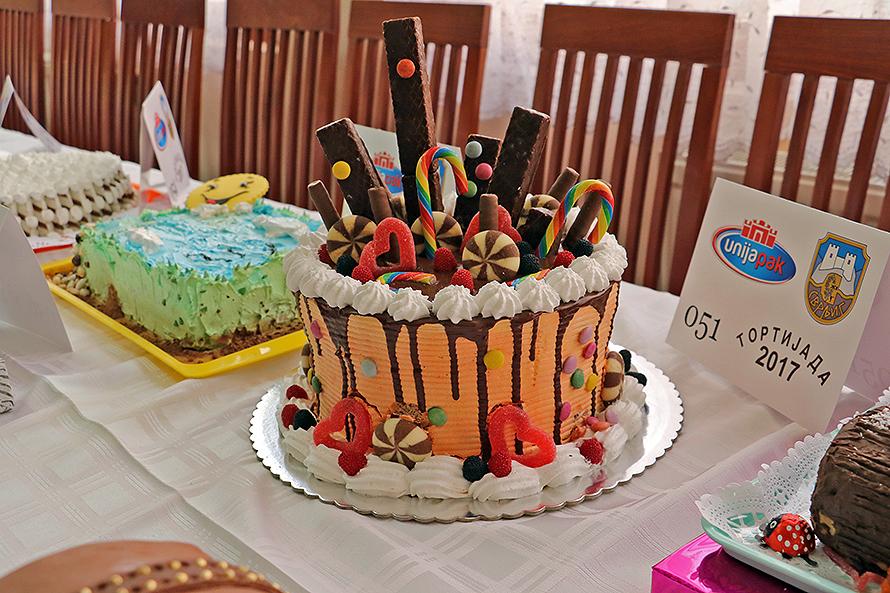Svrljižani najbolji u svemu, pa i u pravljenju torti