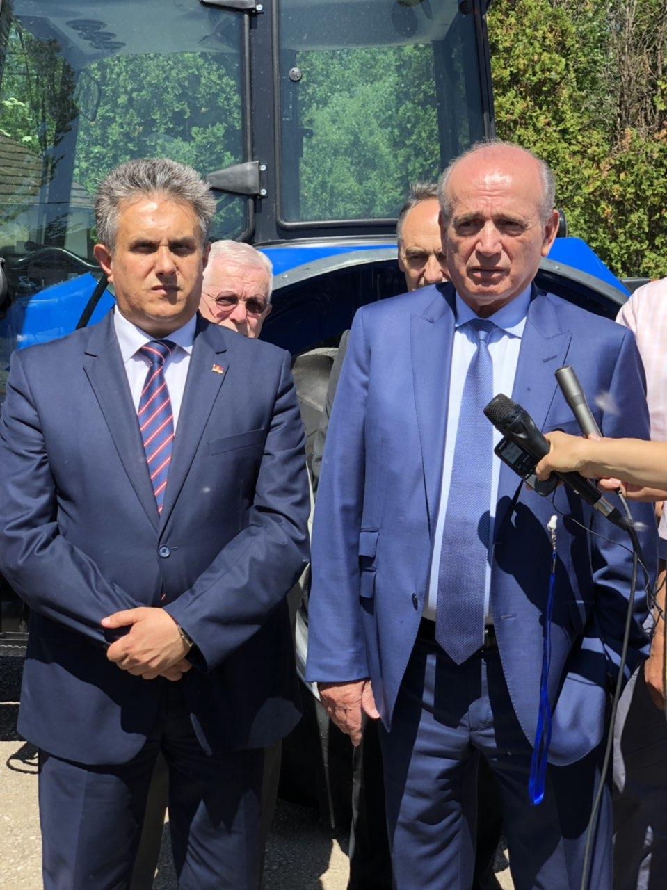 Ministar Krkobabić i poslanik Miletić na otvaranju pogona ZZ ''Svrljižanka''